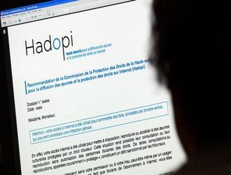 1676154_3_6510_un-internaute-consulte-le-site-de-la-hadopi_0a932a284eb6d6bed956ed6252004a45